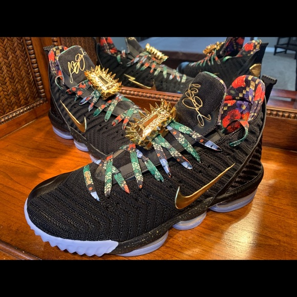 "super popular 9377d 0e012 Nike LeBron 16 ""Watch the Throne"" 🔥 XVI"